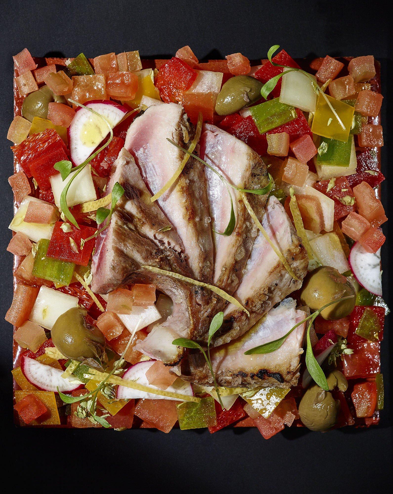 Barriga de Atum com Salada Montanheira